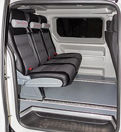 Салон грузопассажирского автомобиля минивэна Пежо эксперт 6 мест с трансформацией в грузовой автомобиль