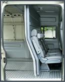 Спальное место второго водителя в Пежо Боксер (двойная кабина