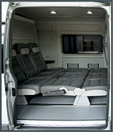 Кемпер - спальное место в микроавтобусе Peugeot Boxer