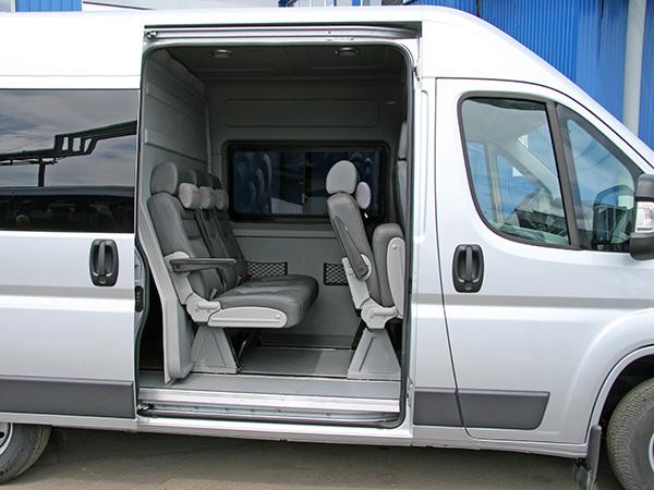 грузопассажирский фургон на базе peugeot boxer